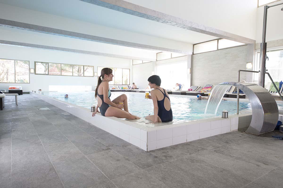 piscina-interna-hotel-terme-milano-abano
